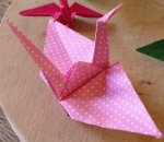 Origami-Kraniche als Glückssymbol